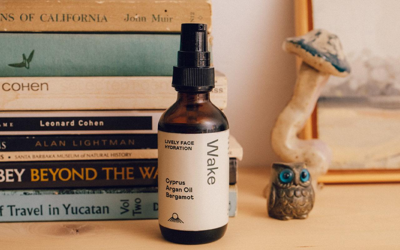 leo-basica-design-iandi-face-oil-packaging-branding